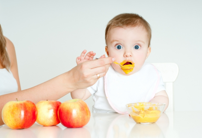 Как ввести прикорм для малыша
