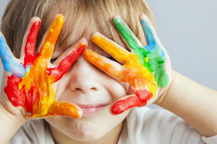 Как научить малыша различать цвета